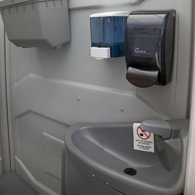 portable-toilets-sink